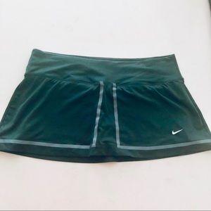 Nike sports skort XL